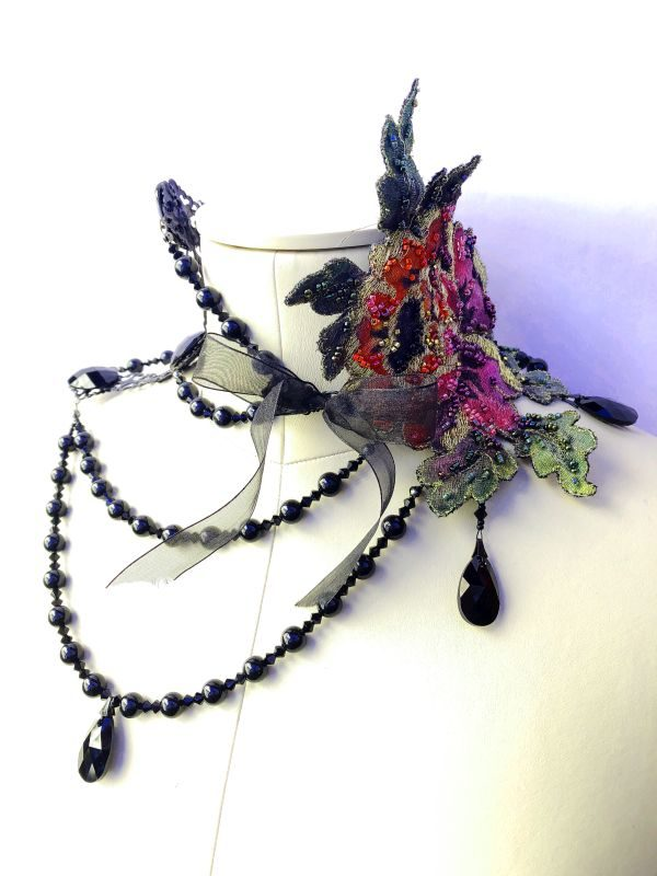 Black Deep Dramatic Pearl Choker with Lace